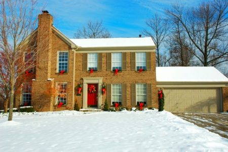 How Curb Appeal Draws Buyers Into Your Home – Even In Winter